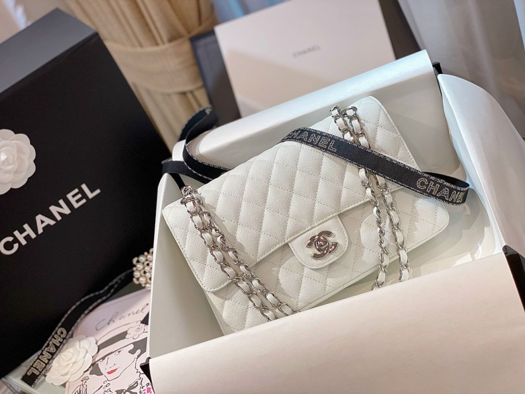 Túi Xách Chanel Classic Trắng