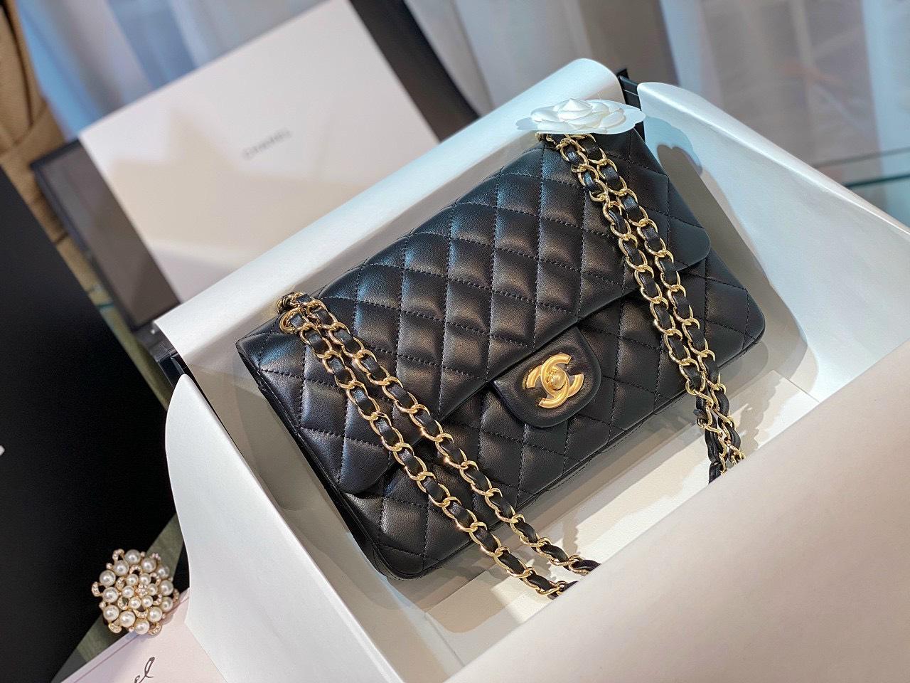Túi xách Chanel Classic – Sức hút vượt thời gian