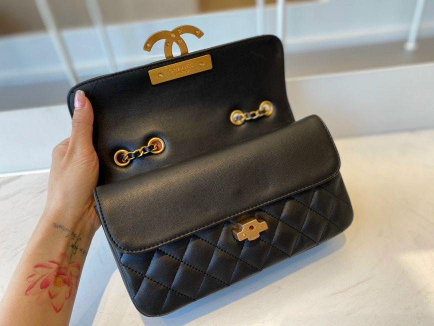 Túi Xách Chanel Enamel CC Flap Bag