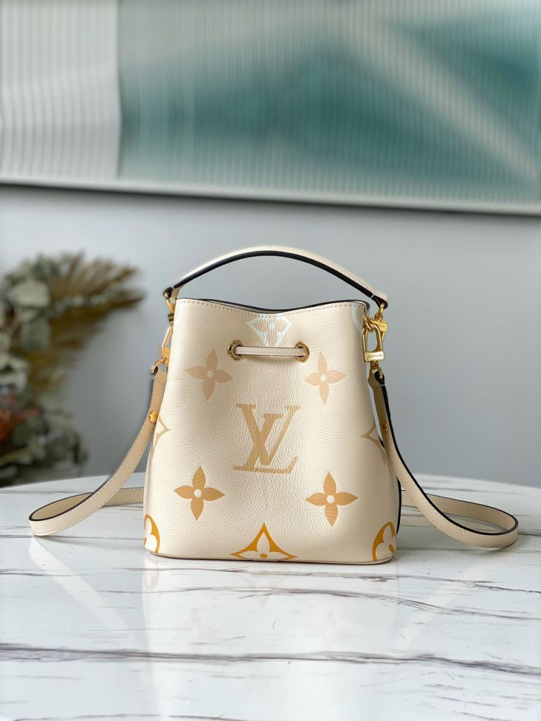 LV NéoNoé BB Bucket Bag - Vàng