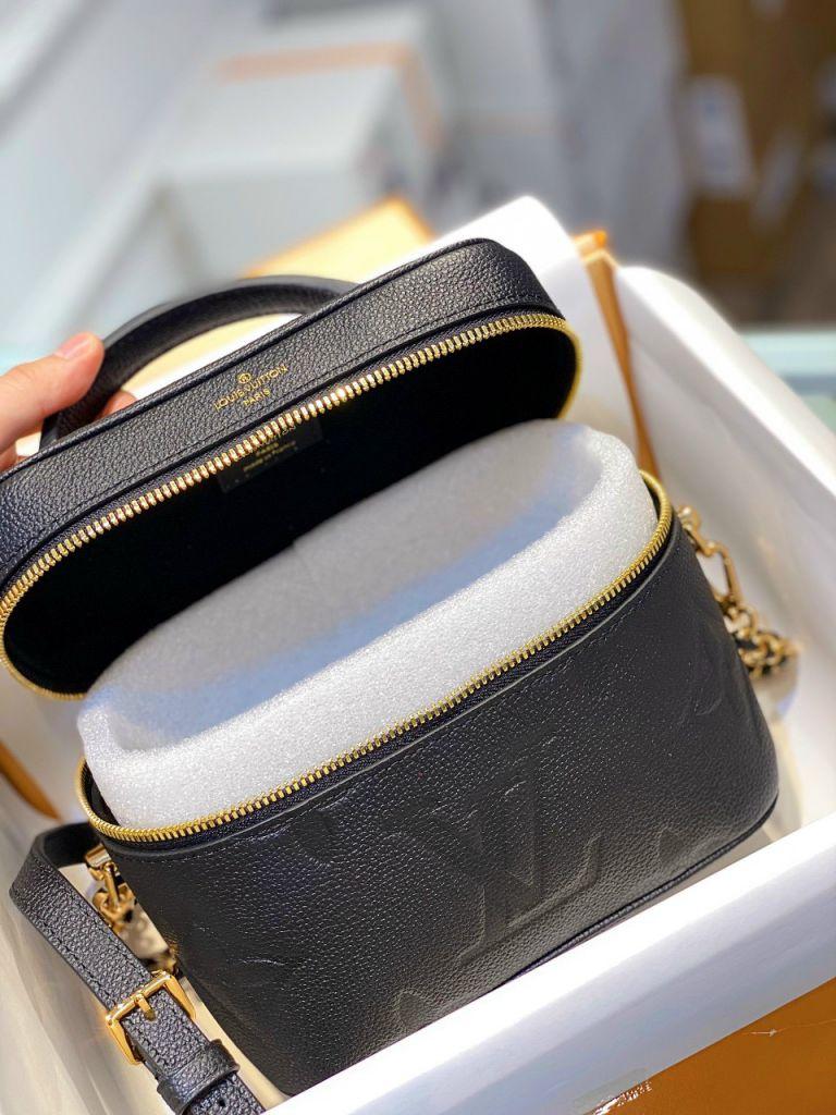 LV Vanity PM Handbag – Đen