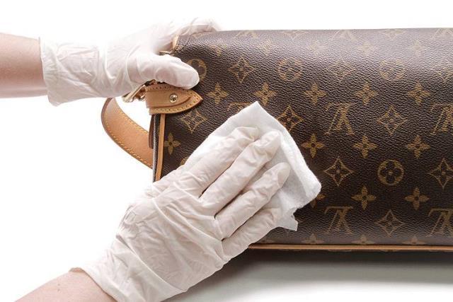 Chia sẻ bí quyết bảo quản túi xách hàng hiệu chuẩn nhất