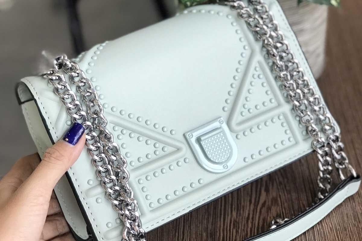 Review túi Dior Drama: Chiếc túi hiệu khiến giới mộ điệu phát cuồng