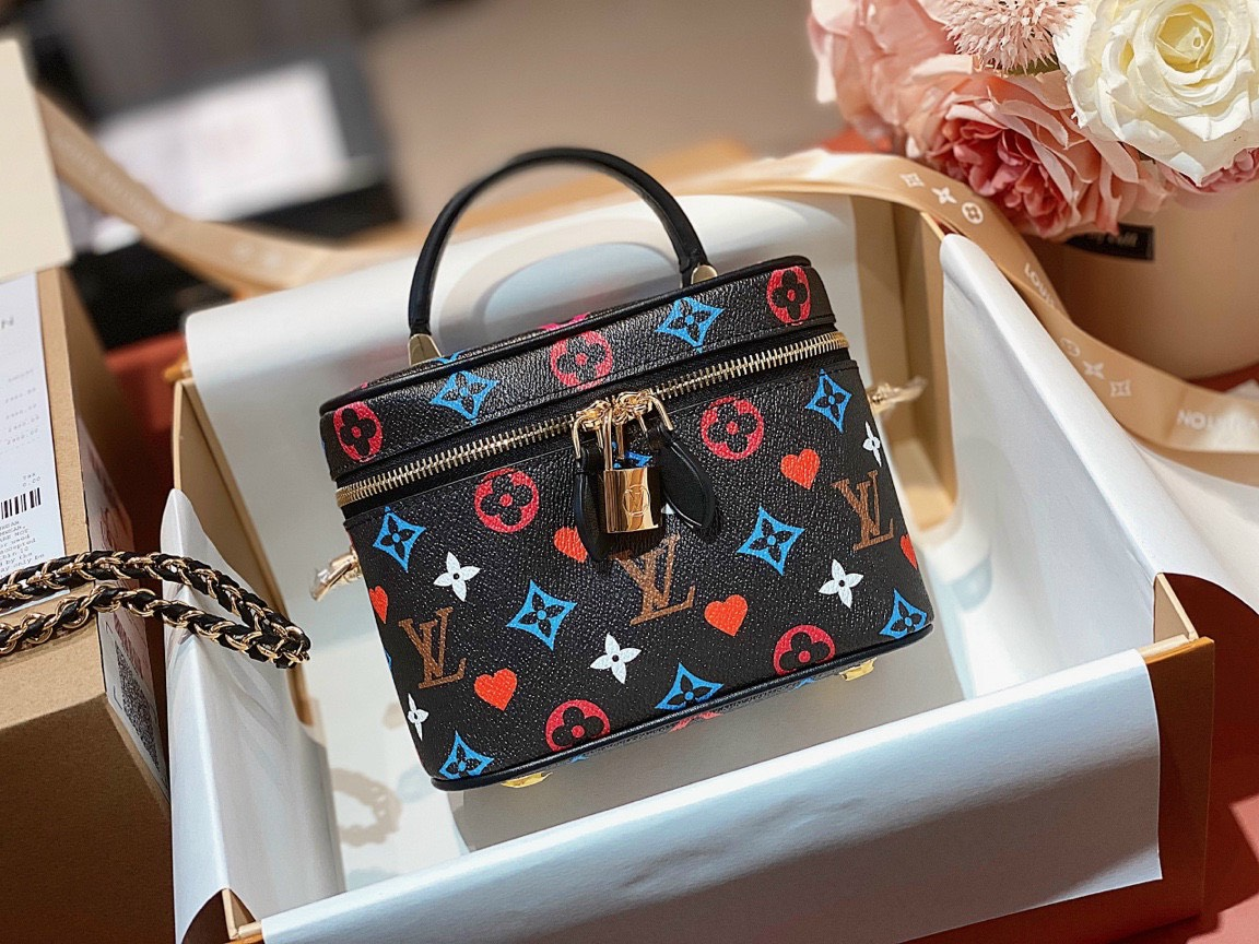 Ở đâu bán túi Louis Vuitton siêu hàng hiệu  uy tín?