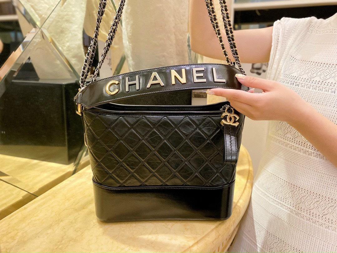 5 bí ẩn đằng sau chiếc túi xách hàng hiệu Chanel