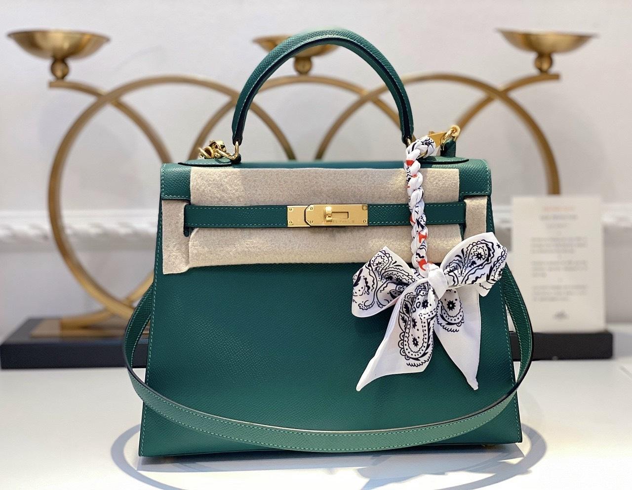 Góc tư vấn: Túi Hermes Kelly màu nào đẹp nhất?